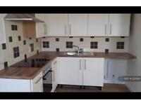 2 bedroom flat in Meeching Road, Newhaven, BN9 (2 bed)