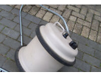 Aquaroll fresh water carrier