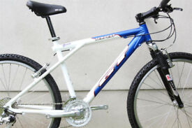"GT Tempest Men's 16"" 24 Speed Mountain Bike White/Blue"