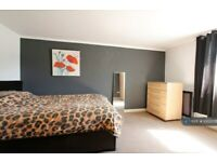 2 bedroom flat in Oxford Road, Reading, RG30 (2 bed) (#1002078)