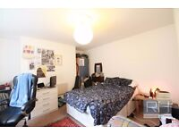 *Students/Sharers look here! Big 2 bedroom property in Finsbury Park/Arsenal with Garden available!*