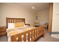 1 bedroom in Belstedes, Basildon, SS15