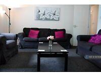 2 bedroom flat in Slateford Road, Edinburgh, EH14 (2 bed) (#1057438)