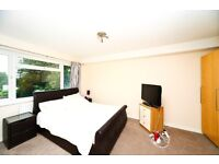 Lovely 2 bed flat in Surbiton with great links into Waterloo!