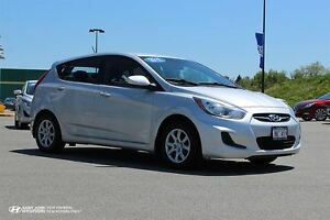 2012 Hyundai Accent GL! TWO SETS OF TIRES! $61 Bi-weekly!