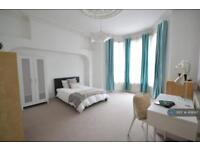 1 bedroom in Beaumont Road, Plymouth, PL4