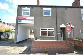 1 bedroom flat in Heneage Road, Grimsby, DN32