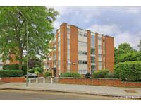 3 bedroom flat in James Close, Woodlands, Golders Green NW11