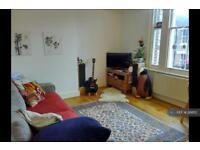 2 bedroom flat in Stavordale Road, London, N5 (2 bed)