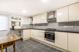 HUGE 3/4 BED FLAT/HOUSE FOR RENT *NEWLY RENOVATED* 2 EN SUITES, GARDEN, PARKING, HOUNSLOW TW3