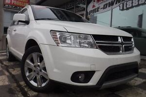 2012 Dodge Journey SXT | Sunroof | Heated Seats | Sirius XM |