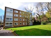 2 bedroom flat in Alford House, Stanhope Road, Highgate, N6