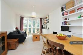2 bedroom flat in Stoke Newington, London, N16 (2 bed)