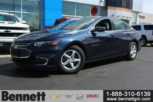 2016 Chevrolet Malibu Bought here new! Apple Car Play, Back Up C