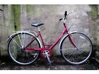 RALEIGH CAPRICE. 19 inch, 49.5 cm. Ladies women's dutch style, hybrid road city bike. Three speed