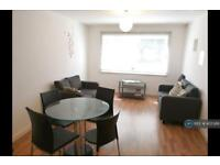 2 bedroom flat in Denmark Road, Manchester, M15 (2 bed)