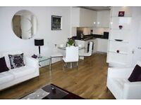 Stunning 2bed, 2bath apartment in Warehouse Court, Major Draper Street, Woolwich, London, SE18