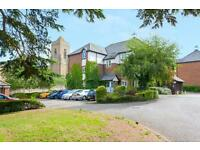 2 bedroom flat in Cedar Court, Cowley,