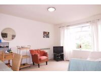 2 beds property close to wimbledon tube station sw19!!! with free parking