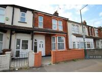 3 bedroom house in St. Johns Road, Gillingham, ME7 (3 bed)