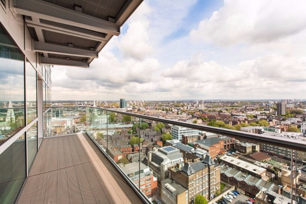 @AMAZING 2 BED PENTHOUSE W/ PARKING IN CRAWFORD BUILDING ALDGATE/SHOREDITCH/LIVERPOOL ST/BANK - E1