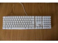 Apple White Keyboard - A1048 - USB Wired - TESTED & 100% FULLY WORKING - Bargain at £15 !!!