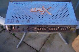 splx 1000watt amp 2 boss 300watt speakers working with cables