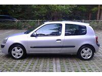 IDEAL FIRST CAR Cheap Insurance Class 2005 Reg, Renault Clio 1.2 Dynamique 3 Dr,New MOT,68,000 Miles