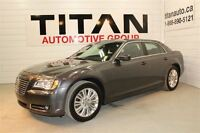 2014 Chrysler 300 Limited, Auto, AWD, Leather, Bluetooth,
