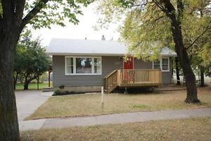 Alberta Side House - Double Lot with Finished Basement