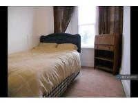 2 bedroom flat in Southbourne, Bournemouth, BH5 (2 bed)