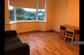 1 bedroom flat in Whitton Avenue West, Northolt, UB5 (1 bed)
