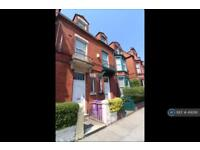 6 bedroom house in Sheil Road, Liverpool, L6 (6 bed)