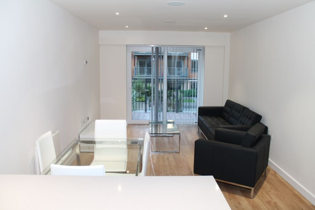 LUXURY 2 BED 2 BATH BEAUFORT PARK NW9 COLINDALE BURNT OAK HENDON MILL HILL