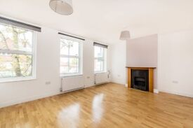 Bright, modern two bedroom first floor flat with excellent transport links into Central London.