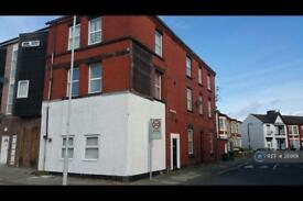 1 bedroom flat in Florence Road, Wallasey, CH44 (1 bed)