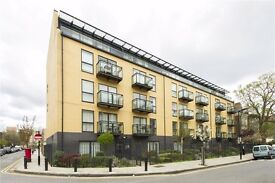 Modern and very SPACIOUS two bedroom flat to rent in secure development! Top floor TWO BALCONIES