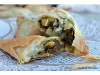 Spicy Bites - Samosas, Dhoklas, Onion/Potato Bhajiya's - MADE TO ORDER/BESPOKE CATERING