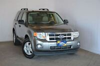 2009 Ford Escape XLT 4X4 WITH LEATHER INTERIOR