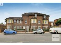 3 bedroom house in Hampshire Court, 9 Brent Street, Hendon, NW4