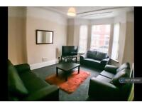6 bedroom house in Ampthill Road, Liverpool , L17 (6 bed)