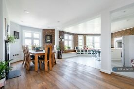 3 bedroom flat in Lauderdale Mansions, London, W9 (3 bed) (#1142238)