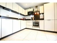 2 BED - PRIVATE BALCONY - SECS FROM CANADA WATER STATION - MODERN DEVELOPMENT - £2,000
