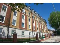 1 bedroom flat in Solomons Court, 451 High Road, London, N12
