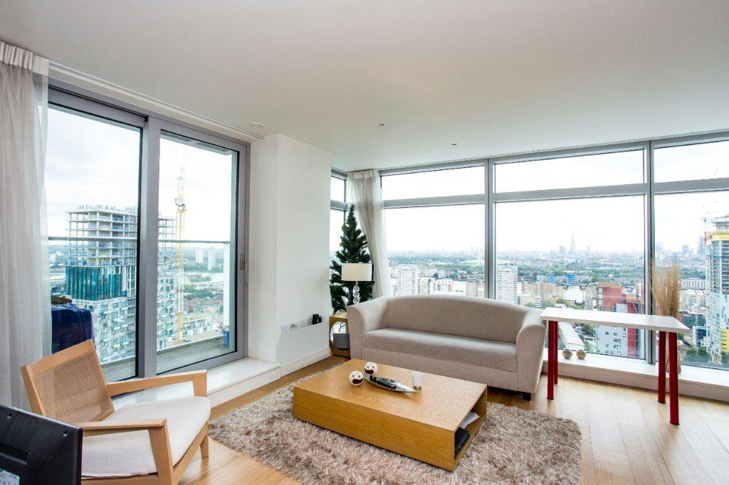 30TH FLOOR 2 BED 2 BATH SPACIOUS APARTMENT! CINEMA GYM SPA- CANARY WHARF LIMEHOUSE WAPPING DOCKLANDS