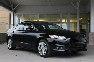 2016 Ford Fusion SE AWD Leather Moon Save almost $14000 from new