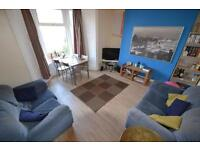 4 bedroom house in Wood Road , Treforest,