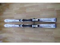 Salomon Emerald Ladies Skis in good condition.