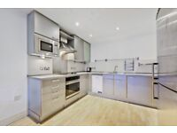 2 BED 2 BATH APARTMENT WITHIN WALKING DISTANCE OF STATIONS- AVAILABLE NOW-CALL ASAP TO VIEW