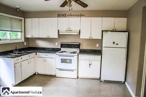 Beautiful apartment close to Queens university! Available NOW! Kingston Kingston Area image 2